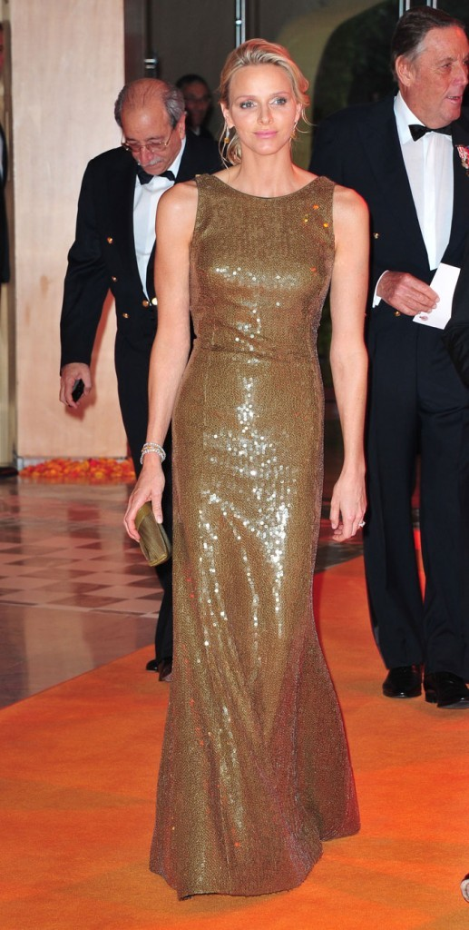 Charlene Wittstock :  une robe longue à sequins marrons en mai 2011