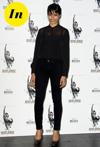 Chemise Allsaints, jeans J Brand et chaussures Lanvin pour un total look noir réussi !