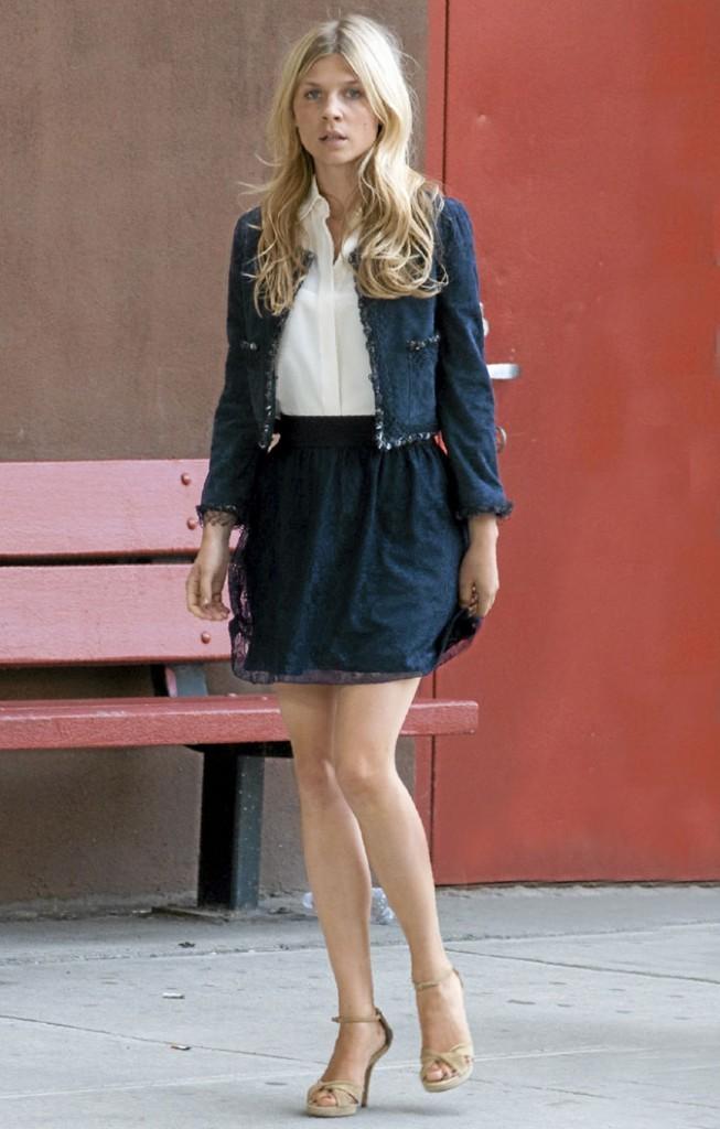 La veste Chanel et la jupe tulle d'Eva Coupeau !