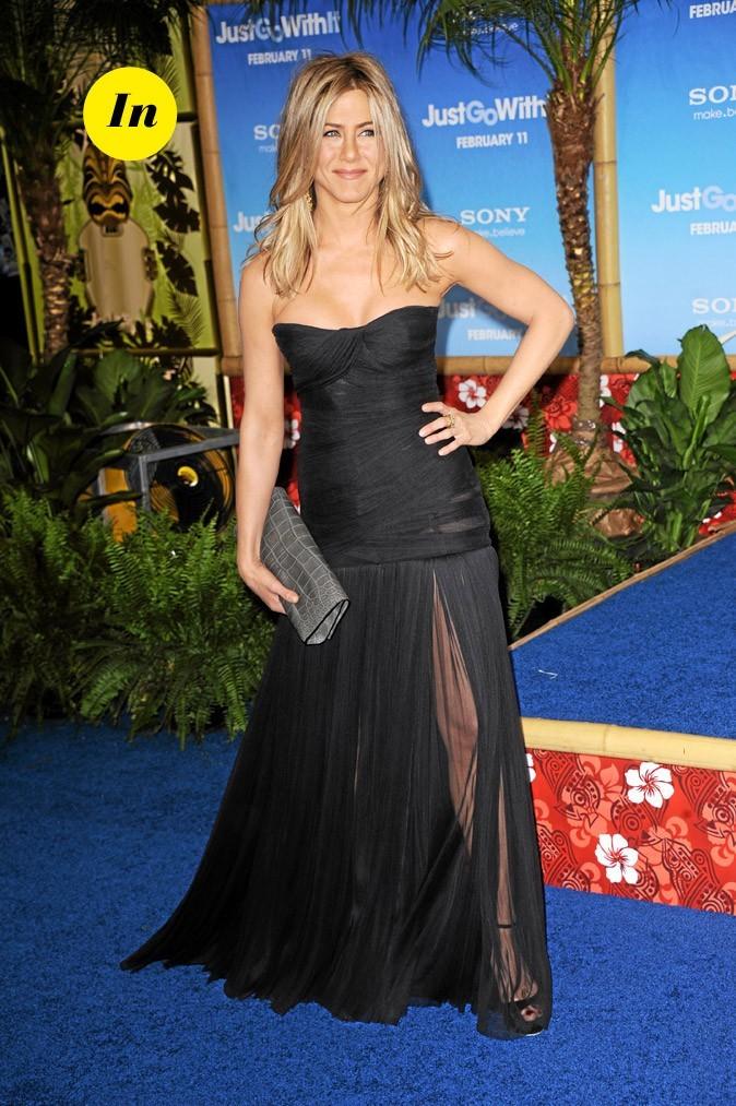La robe longue en voile Dolce & Gabbana de Jennifer Aniston en Février 2011 !