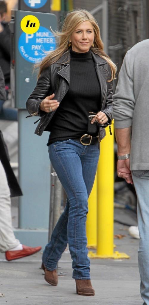 Le blouson en cuir de Jennifer Aniston en Novembre 2010 !