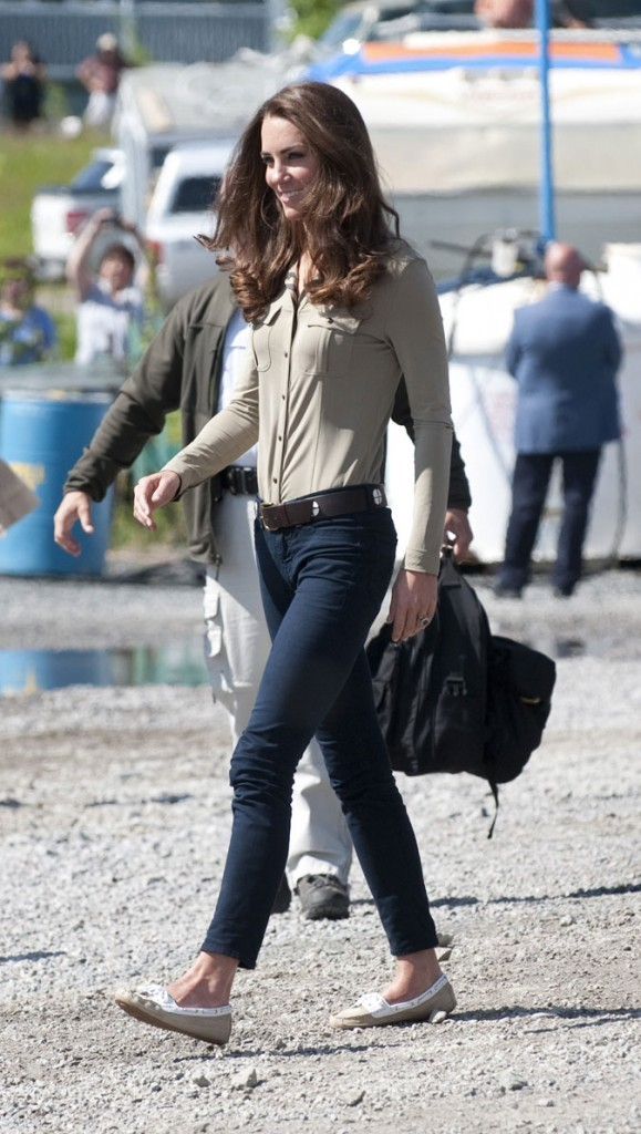 Kate Middleton le 6 juillet 2011 au Canada : le retour du jean J Brand !