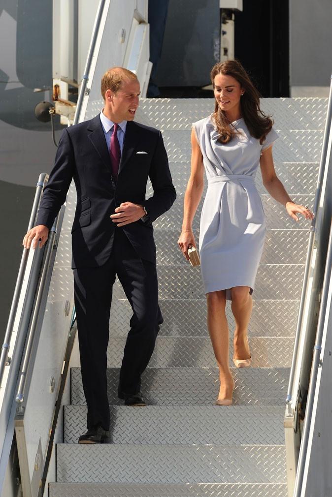 Kate Middleton le 8 juillet 2011 à Los Angeles : une robe grise sophistiquée pour les Etats-Unis !