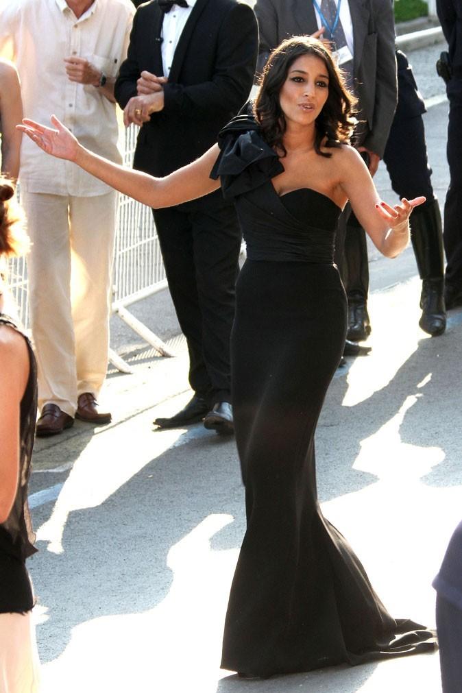 La robe longue bustier noire de Leïla Bekhti au festival de Cannes 2011 !