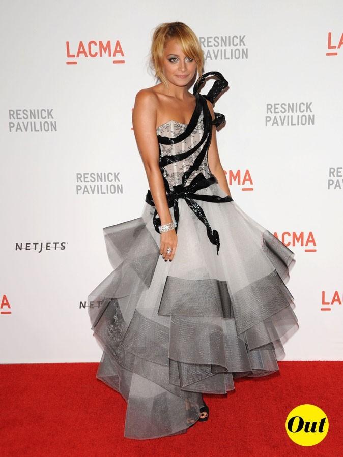 Look de Nicole Richie :  une robe de princesse en septembre 2010