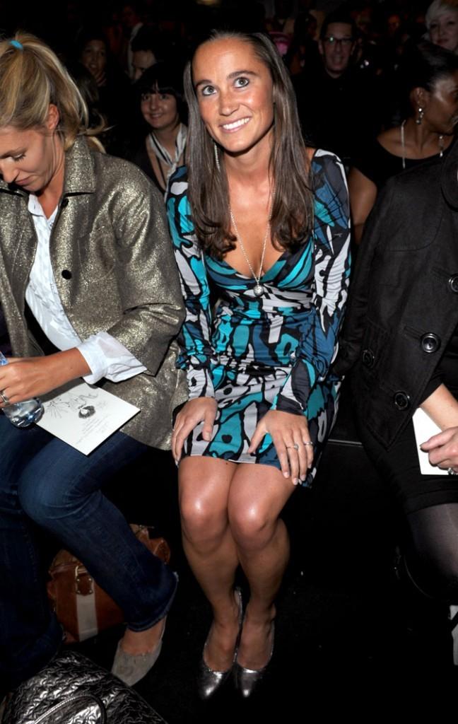 Le look coloré de Pippa Middleton en septembre 2008