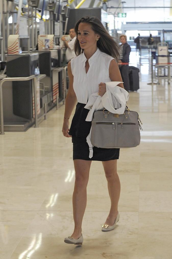 Le look jupe chic de Pippa Middleton en mai 2011
