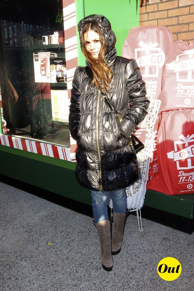 La doudoune longue de Rachel Bilson en Décembre 2009 !