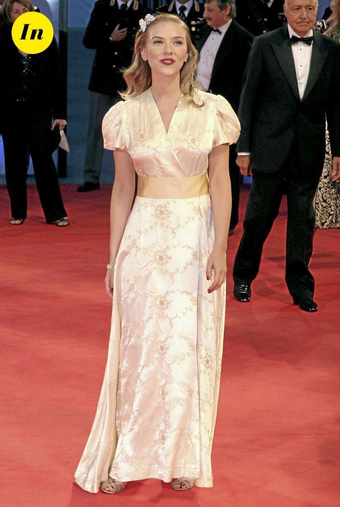 Scarlett Johansson en 2006 : une robe longue d'inspiration kimono