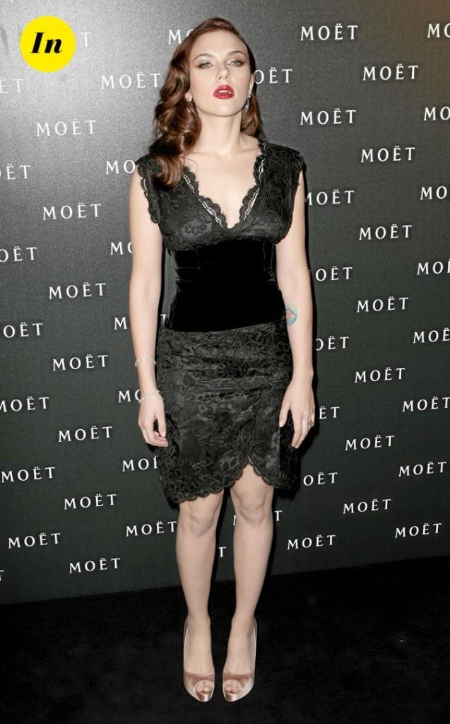Scarlett Johansson en 2009 : une robe noire en dentelle