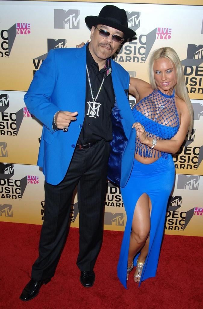 La robe fendue bleue de Coco Austin !