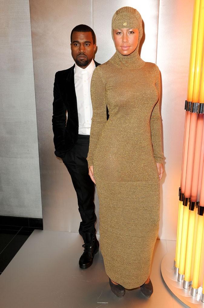 La tenue... le déguisement... l'accoutrement d'Amber Rose !!