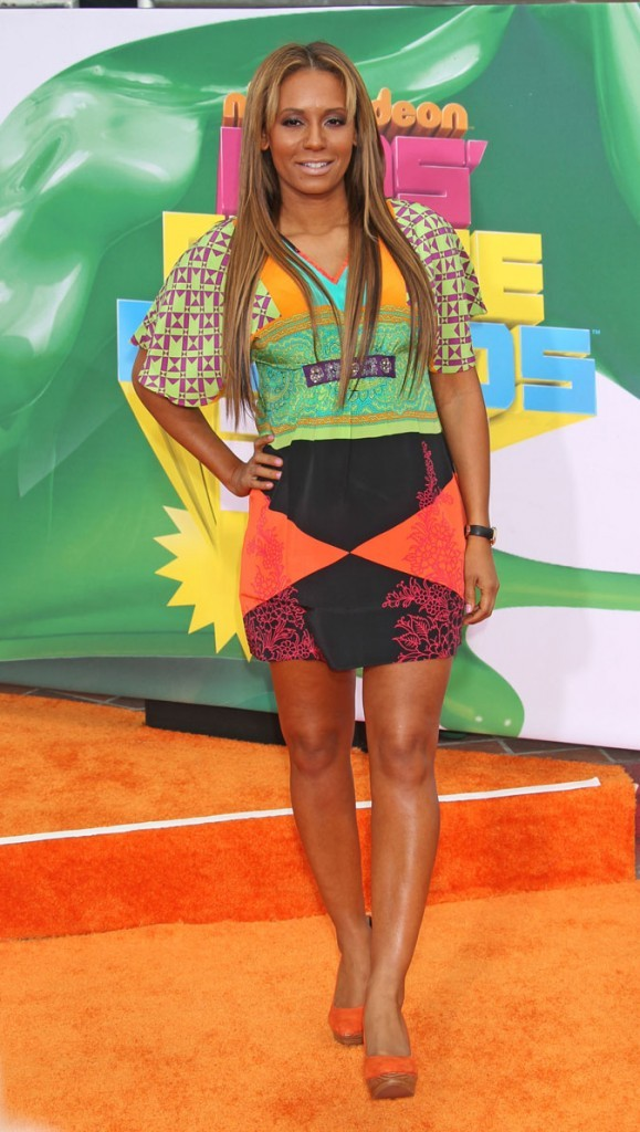 La tenue multicolore de Mel B !