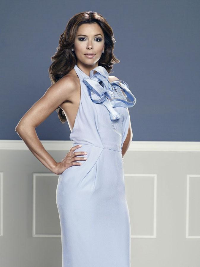 Looks d'Eva Longoria : une robe dos-nu bleue dans Desperate Housewives !