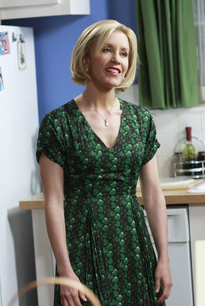 Looks de Felicity Huffman : une robe verte à motifs dans Desperate Housewives !
