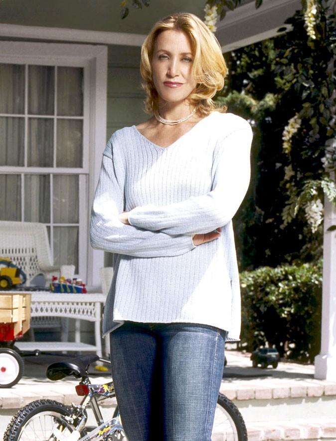 Looks de Felicity Huffman : une tenue casual dans Desperate Housewives !