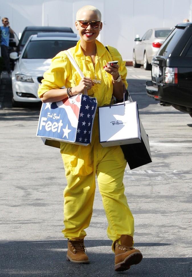 2011: Virée shopping en mode pompier !
