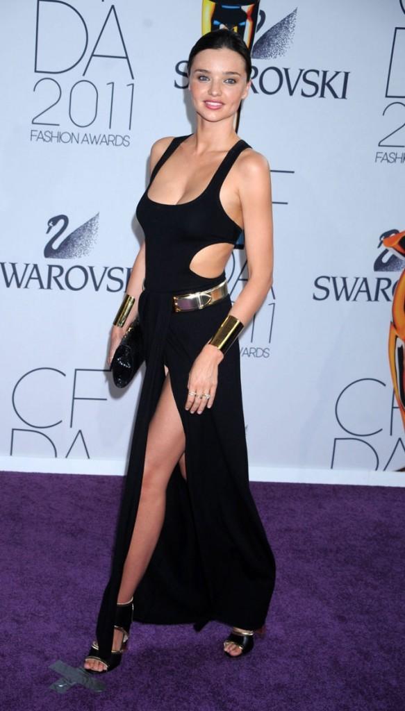 Le fashion faux pas de Miranda Kerr sur le tapis rouge ?