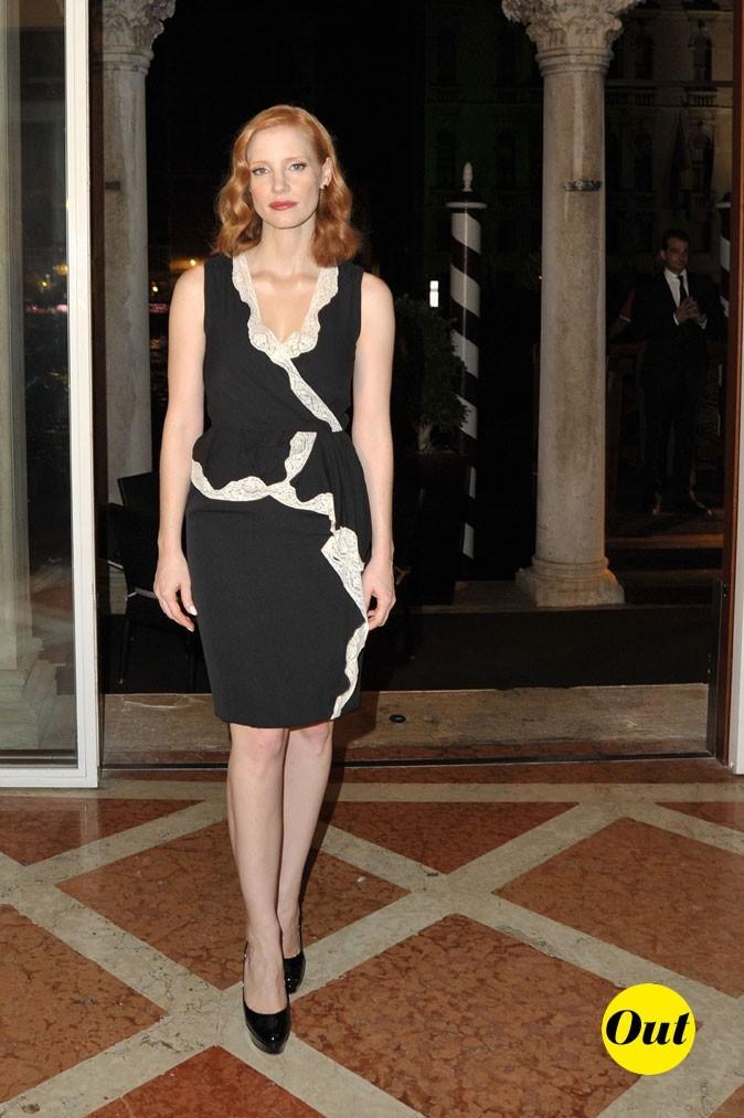 Mostra de Venise 2011 : la petite robe noire de Jessica Chastain
