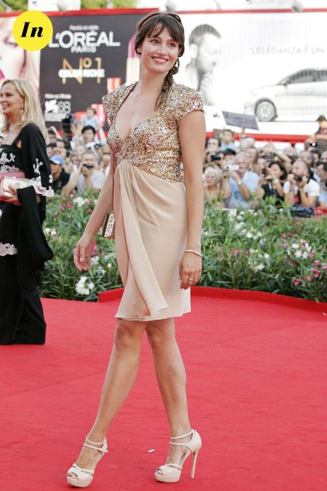 Mostra de Venise 2011 : la robe courte à paillettes Elie Saab de Marie Gillain