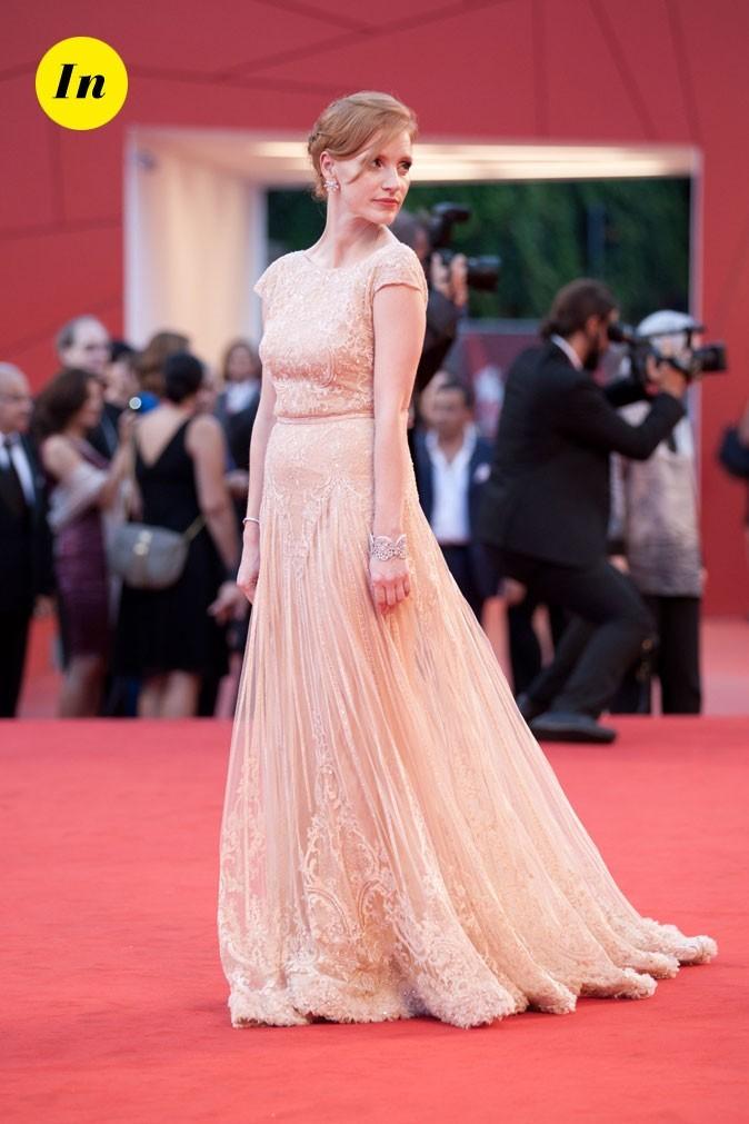 Mostra de Venise 2011 : la robe Elie Saab en dentelle de Jessica Chastain