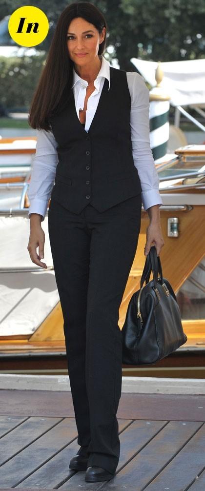 Mostra de Venise 2011 : le look masculin féminin de Monica Bellucci