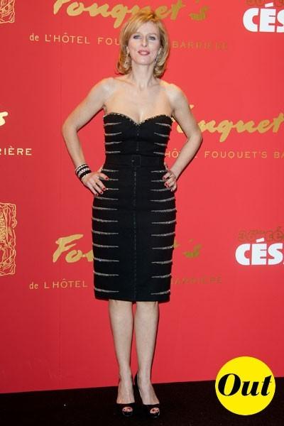 Photos : César 2011 : la petite robe noire de Karine Viard