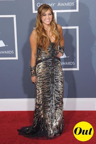 Photos : Grammy Awards 2011 : la robe Roberto Cavalli de Miley Cyrus