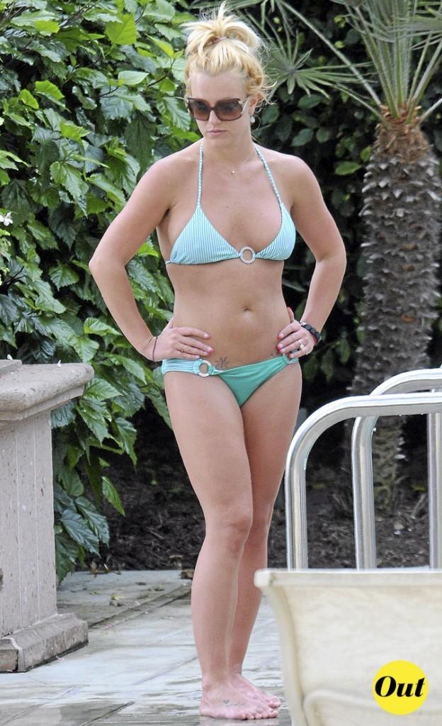 Photo : le maillot de bain turquoise de Britney Spears à la plage !
