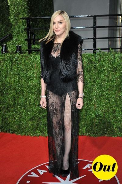 Oscars 2011 : la robe rétro sexy de Madonna