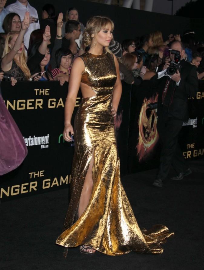 2012: Rayonnante pour l'avant première d'Hunger Games à Los Angeles !