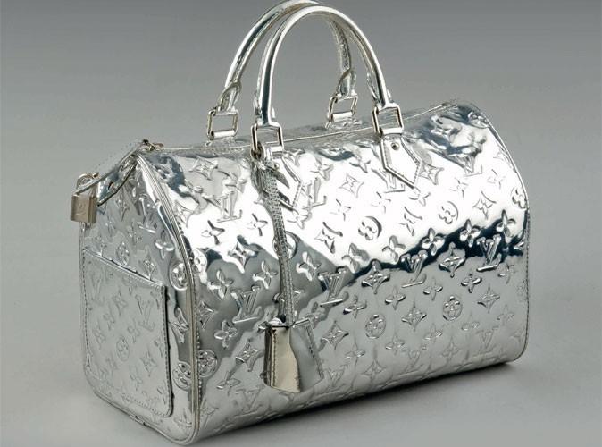 Bon plan mode : une vente aux enchères d'accessoires Louis Vuitton !