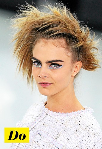 Do l'eye-liner rock comme Cara Delevingne !