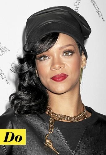 Les faux cils de Rihanna : Do !