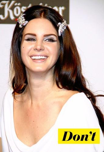 Evitez la coiffure bling ratée de Lana Del Rey !