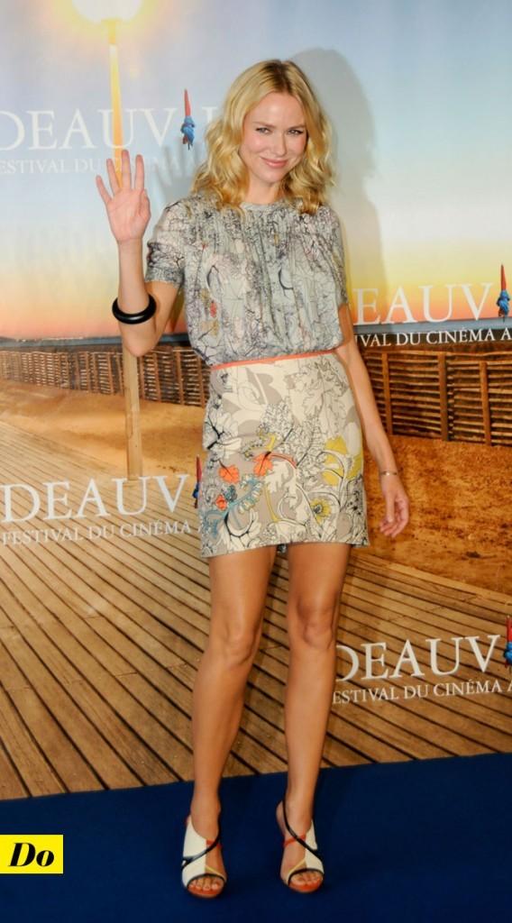 Festival de Deauville 2011 : la mini-robe colorée Cacharel de Naomi Watts !