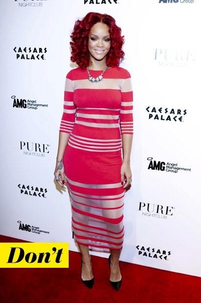 Mode d'emploi du look fluo : la robe rouge fluo de Rihanna