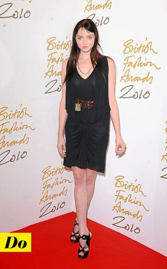 La petite robe noire de Lily Cole !