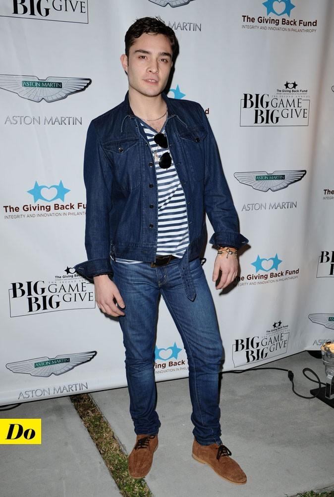Le total look denim d'Ed Westwick : une veste en jean ajustée et un jean slim foncés