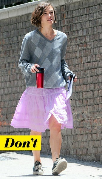 Keira Knightley et son pull à carreaux