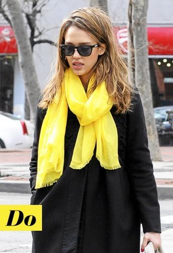 Jessica Alba: Jaune et jolie!