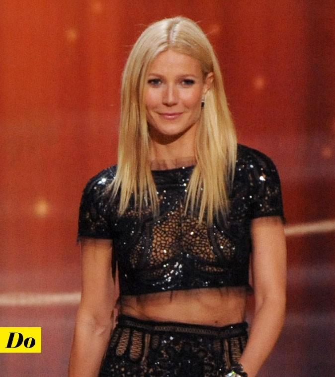 Gwyneth Paltrow sans soutien-gorge dans une robe en dentelle