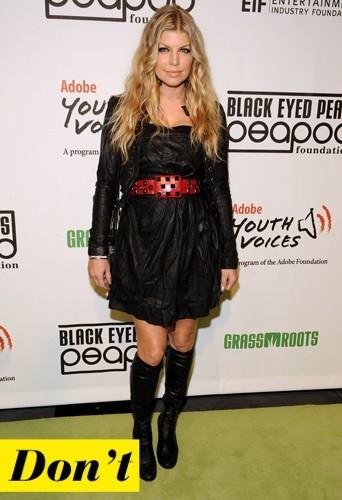 Fergie et sa robe en cuir