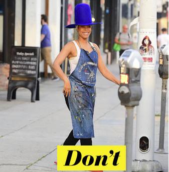 Don't : Erykah Badu et son chapeau