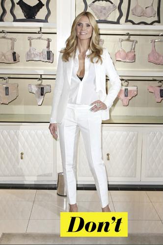 Don't : Heidi Klum et son tailleur blanc