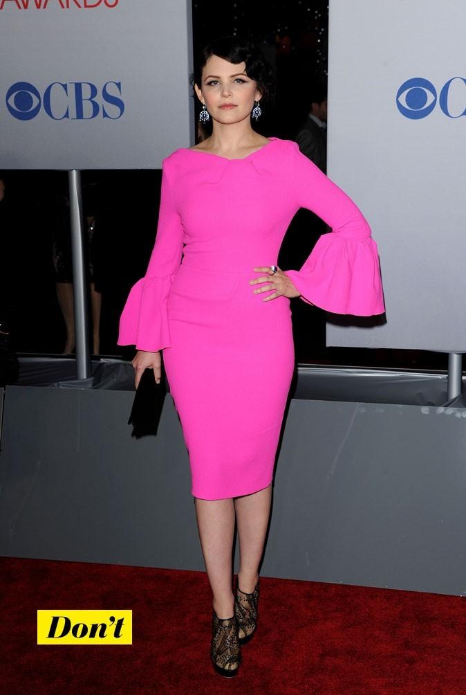 Ginnifer Goodwin est bien dans la tendance question coloris, mais la catastrophe est à chercher dans la forme de sa robe!