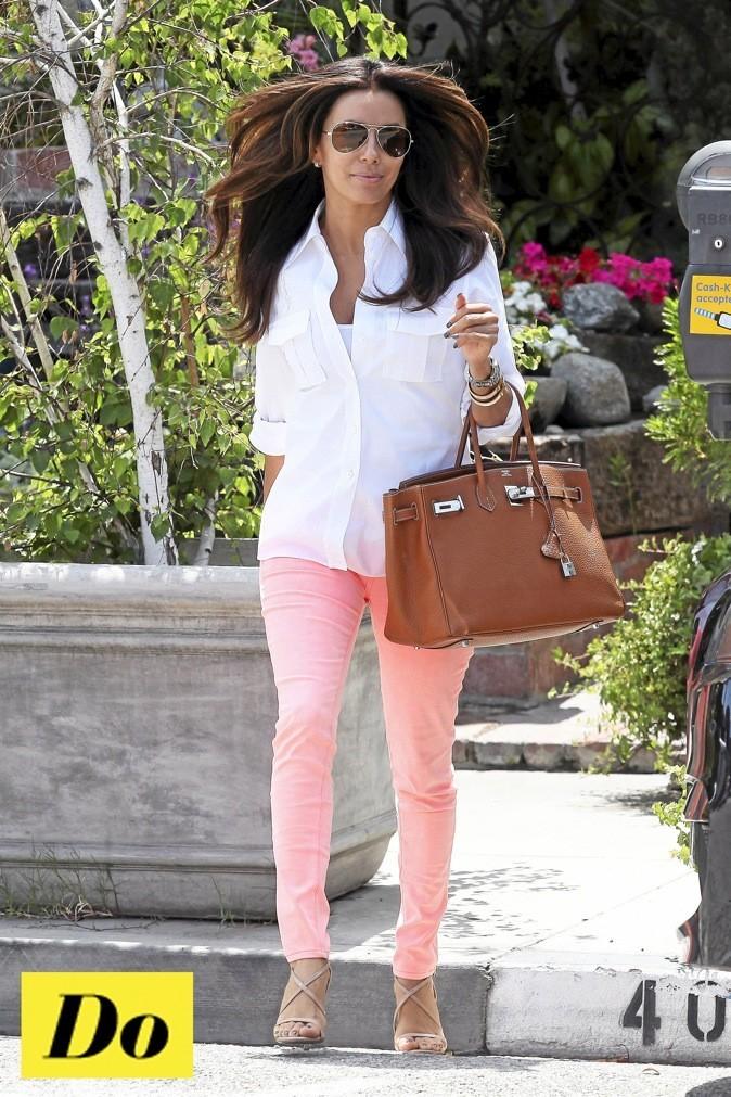 Looks de stars mode d 39 emploi du pantalon color pour l for Que porter avec du gris