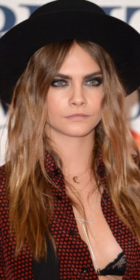 Cara Delevingne : on copie son beauty look faussement grunge !