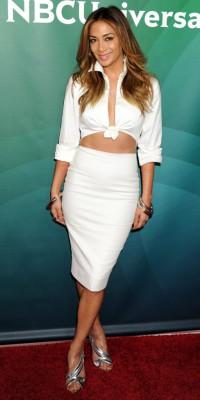 Nicole Scherzinger ultra sexy en robe-crop top blanche !