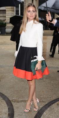 Olivia Palermo : jupe corole et frange pour le défilé Valentino !
